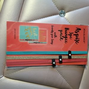 Office - Non dated planner with  bungee pack